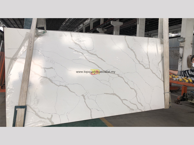 Selling white quartz kitchen to​